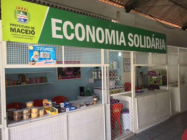 Espaço Gastronômico no mercado do Jaraguá. Foto: Ascom Semtabes
