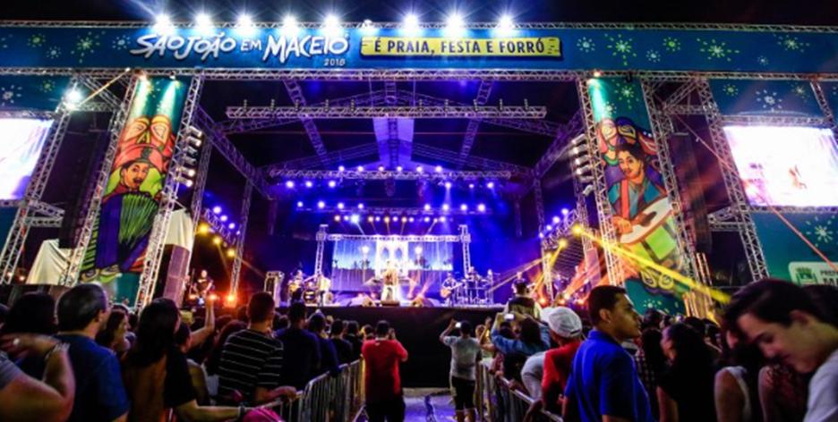 Atrações nacionais participarão da programação do Arraial Central, no estacionamento do Jaraguá. Foto: Pei Fon/ Secom Maceió